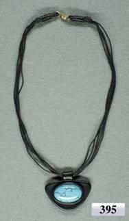 Бисероплетение и изделия из камней-самоцветов - Каталог украшений из бисера - Кулон.  Кожа, бирюза - 395.